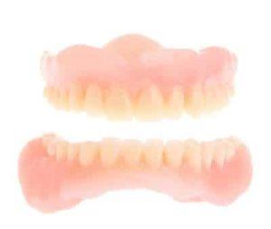 Comment nettoyer le fixodent des dentiers