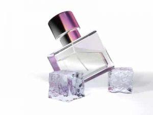 Comment enlever les taches de parfum